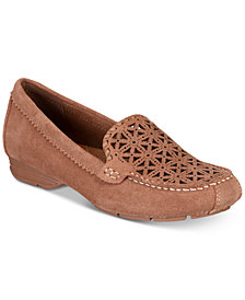 Baretraps Olanna Perforated Loafers