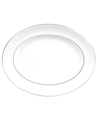 Dinnerware, Blanc sur Blanc Medium Oval Platter