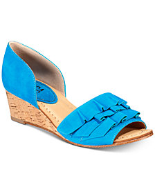 Lucca Lane Saddie Wedge Sandals