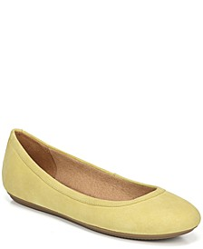 Brittany Flats
