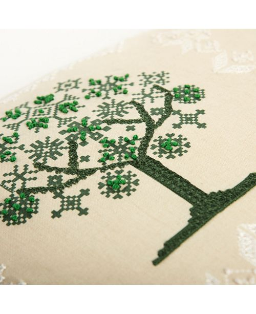 """Rizzy Home 20"""" x 20"""" Tree Down Filled Pillow"""