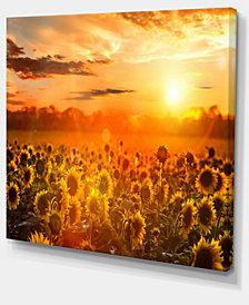 "Designart Yellow Sunset Over Sunflowers Floral Photography Art - 20"" X 12"""