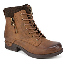 White Mountain Raynes Ankle Boots