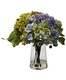 Hydrangea w/ Glass Vase Arrangement