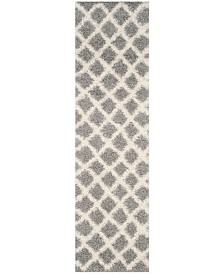 "Safavieh Dallas Grey and Ivory 2'3"" x 8' Runner Area Rug"