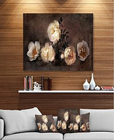 "Designart 'Wild Roses In Old Painting Style' Floral Metal Wall Art - 40"" X 30"""