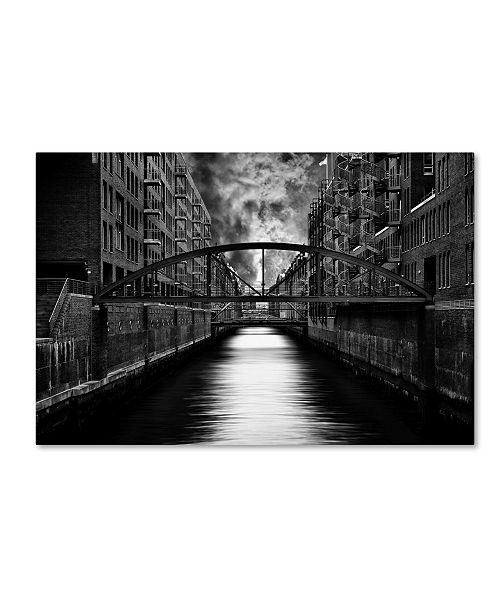 "Trademark Global Stefan Eisele 'The Other Side Of Hamburg' Canvas Art - 19"" x 12"" x 2"""