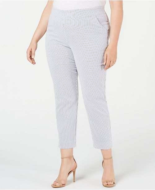 Hue Plus Size Seersucker Cropped Leggings