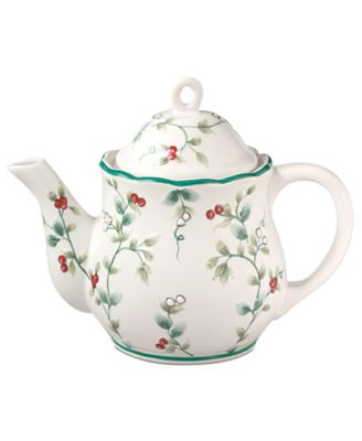 Winterberry Teapot