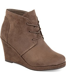 Journee Collection Women's Enter Bootie