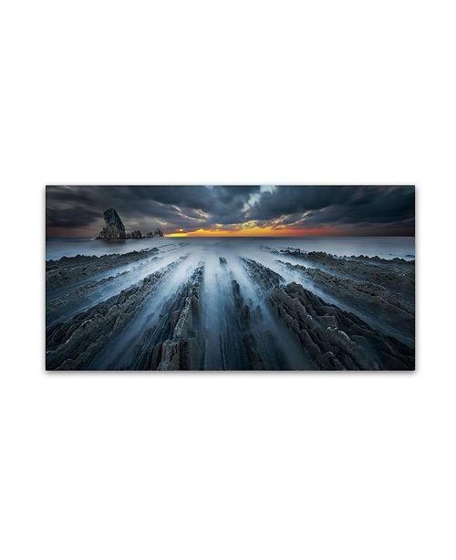 """Trademark Global Moises Levy 'Challenge' Canvas Art - 16"""" x 32"""""""