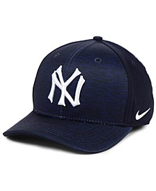 New York Yankees Velocity Swooshflex Stretch Fitted Cap