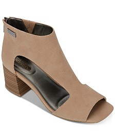 Kenneth Cole Reaction Women's Mix Cutout Sandals