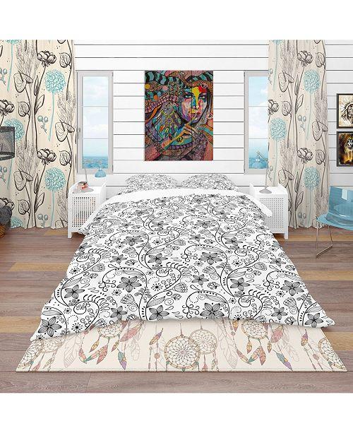 Design Art Designart 'Texture In A Flower Design' Bohemian and Eclectic Duvet Cover Set - King