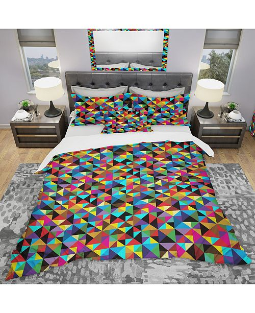 Design Art Designart 'Geometric Pattern With Triangles and Squares' Modern Duvet Cover Set - King