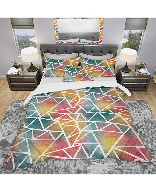 Design Art Designart 'Colored Triangle Pattern With Grunge Effect' Modern Duvet Cover Set - Queen