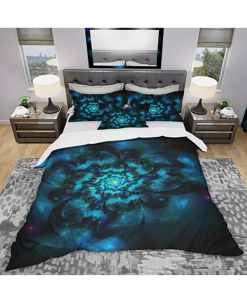Design Art Designart 'Perfect Fractal Flower In Black and Blue' Modern and Contemporary Duvet Cover Set - Twin