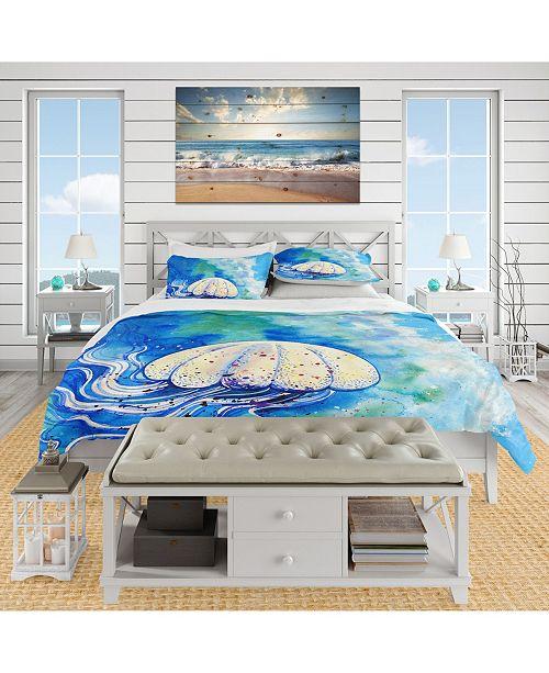 Design Art Designart 'Large Jellyfish Watercolor' Nautical and Coastal Duvet Cover Set - King