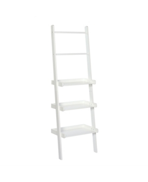 All-in-1 use-keep your towels neat and folded, store all your daily necessities and display your favourite decorative pieces with the RiverRidge home bath ladder shelf and towel bar.