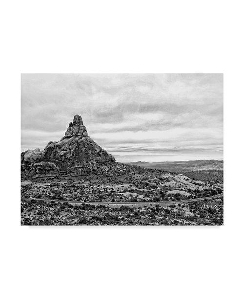 """Trademark Global Jenna Guthrie Desert Arches II Canvas Art - 15"""" x 20"""""""
