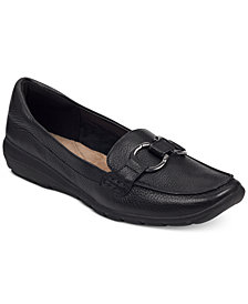 Easy Spirit Women's Avienta Loafers