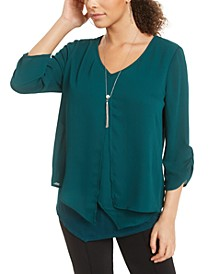 Juniors' Textured Ruched-Sleeve Popover Top with Necklace