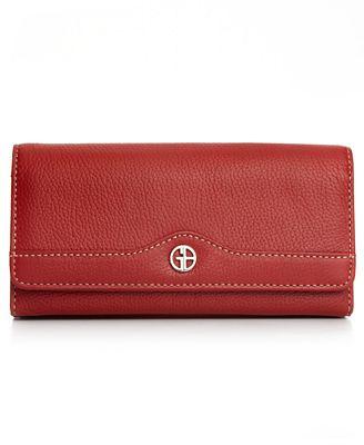 Покупать или нет красный кошелек