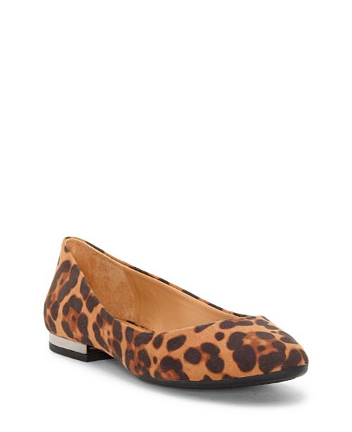 Jessica Simpson Ginly Round-Toe Flats