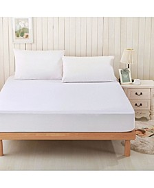 Full Mattress Protector and 2 Queen Pillow Protectors