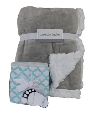 3 Stories Trading Amor Bebe Etched Cloud Sherpa Blanket and Receiving Blankets Gift Set