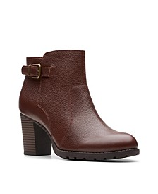 Collection Women's Verona Leather Gleam Booties