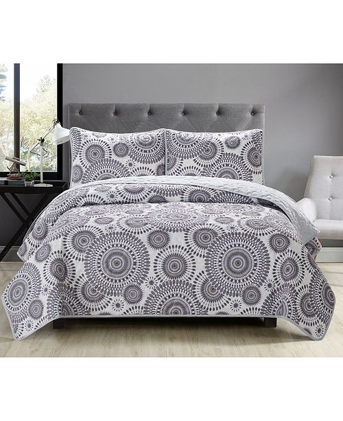 Causual Living Casual Living Starburst 3 Piece Quilt Collection
