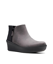 Cloudstepper Women's Step Rose Up Booties