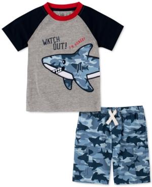 Kids Headquarters Little Boys 2-Pc. Colorblocked Shark Applique T-Shirt & Shark-Camo Twill Shorts Set