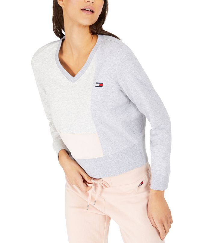 Tommy Hilfiger Colorblocked Sweatshirt