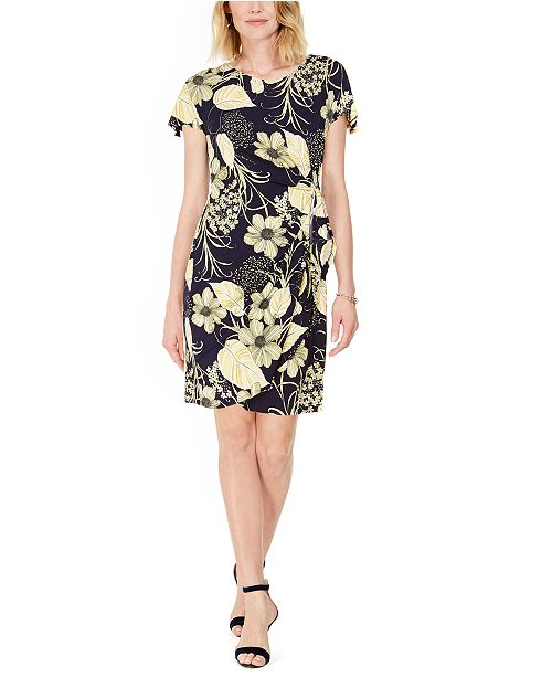Robbie Bee Petite Floral-Print Sarong Dress