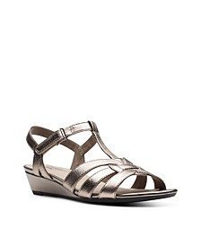 Collection Women's Abigail Daisy Dress Sandals
