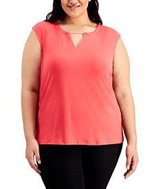 Plus Size Chain Keyhole Top