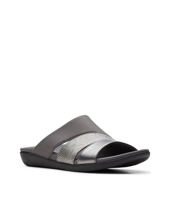 Clarks Cloud steppers Women's Brio Surf Flip Flop