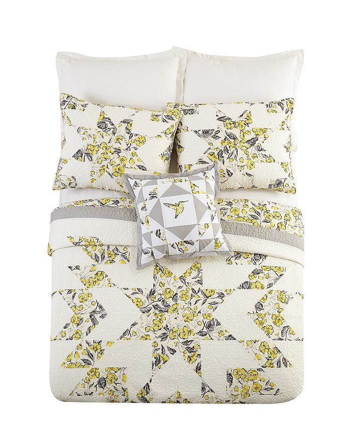 Vera Bradley - Hummingbird Blooms Star Quilted Bedding
