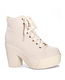 Campus Queen Women's Platform Booties