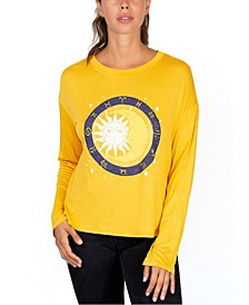 Juniors' Moon Graphic Top