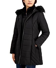 Juniors' Hooded Faux-Fur-Trim Bib Puffer Coat