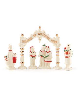 Mistletoe Park 5-Piece Figurine Set