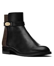 Finley Flat Booties