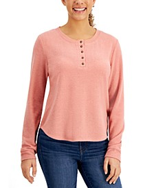 Juniors' Hacci-Knit Long-Sleeve Henley
