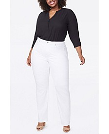 Women's Plus Size Relaxed Straight Jeans