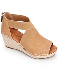 by Kenneth Cole Charli Cross Elastic Wedge Sandals