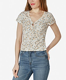 Juniors' Floral O-Ring V-Neck Top