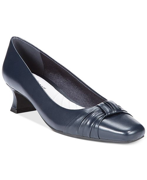 Easy Street Waive Pumps